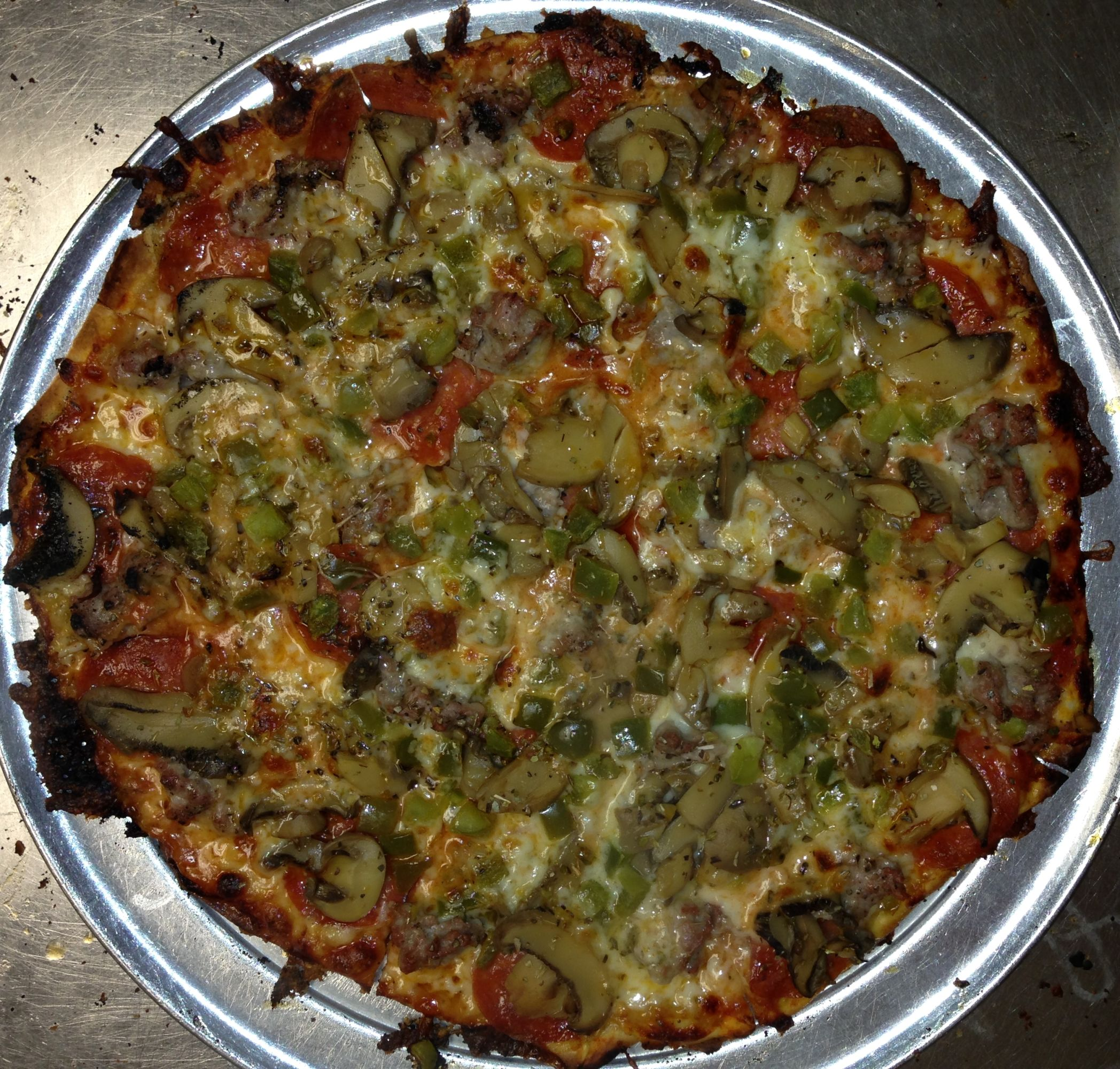 Fricanos_EBA Pepperoni, Sausage, Mushroom, Green Pepper Pizza 7.JPG